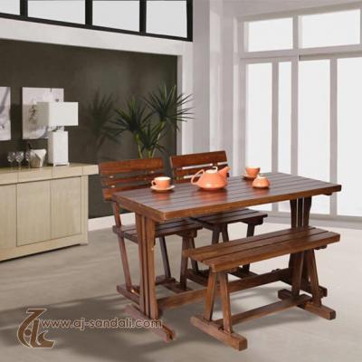 تولید کننده تخصصی میز و صندلی چوبی